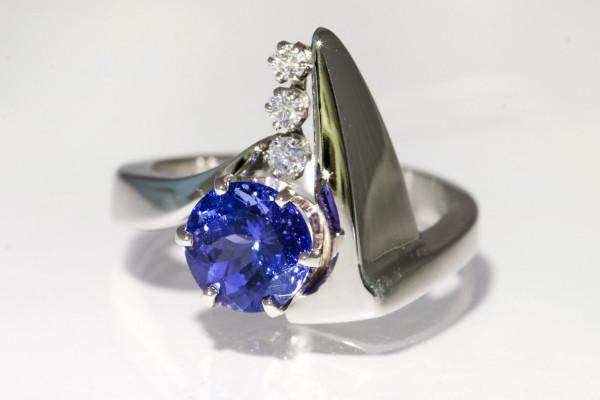 Sapphire Fin